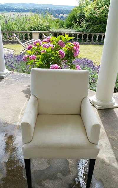 upholstery-cleaning-surrey